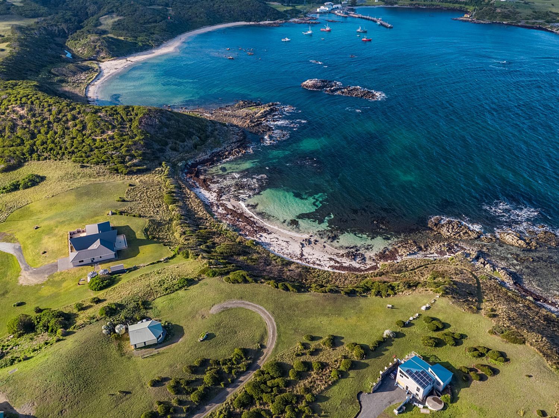 king island gourmet tour melbourne  coastal cottages